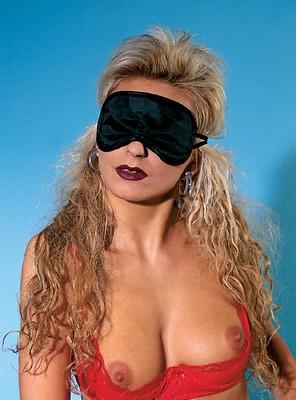 Blinddoek zwart. Nu van 5,95 voor